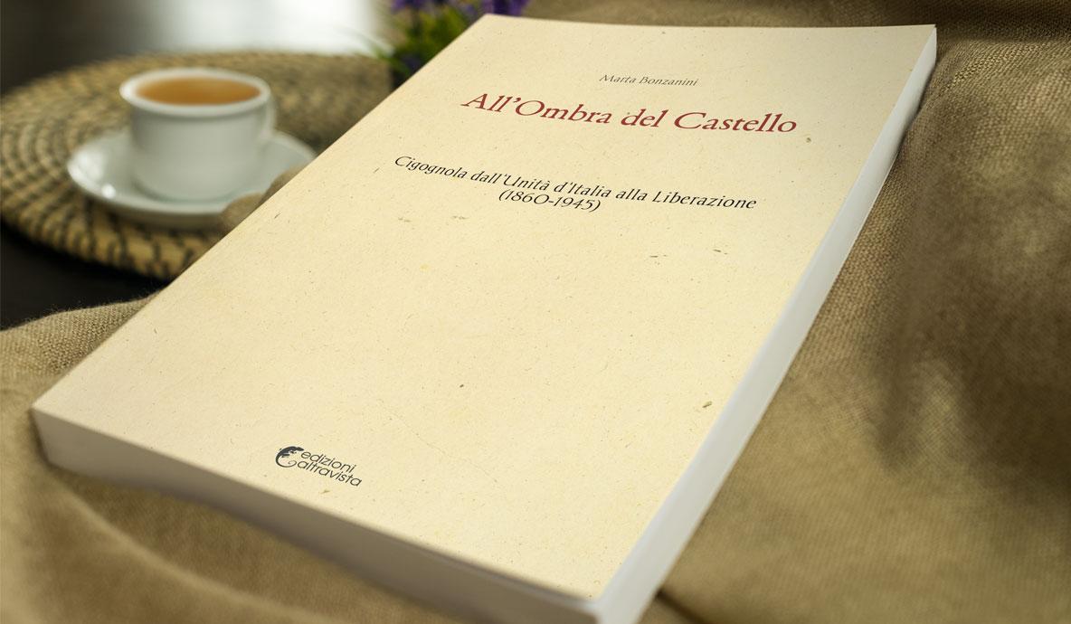 Copertina libro - All'Ombra del Castello